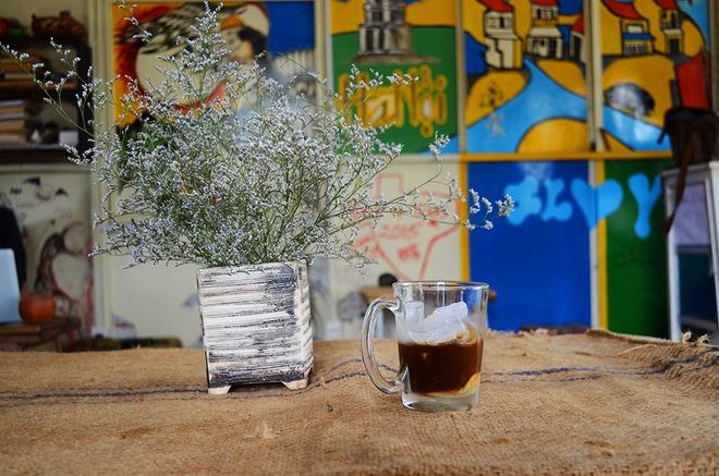 Quán cà phê bụi bặm cho dân phượt ở Đà Lạt